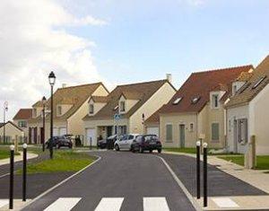 Investissement locatif : Appartement en loi Pinel  Maule à deux pas du collège (78580) - Réf. 249